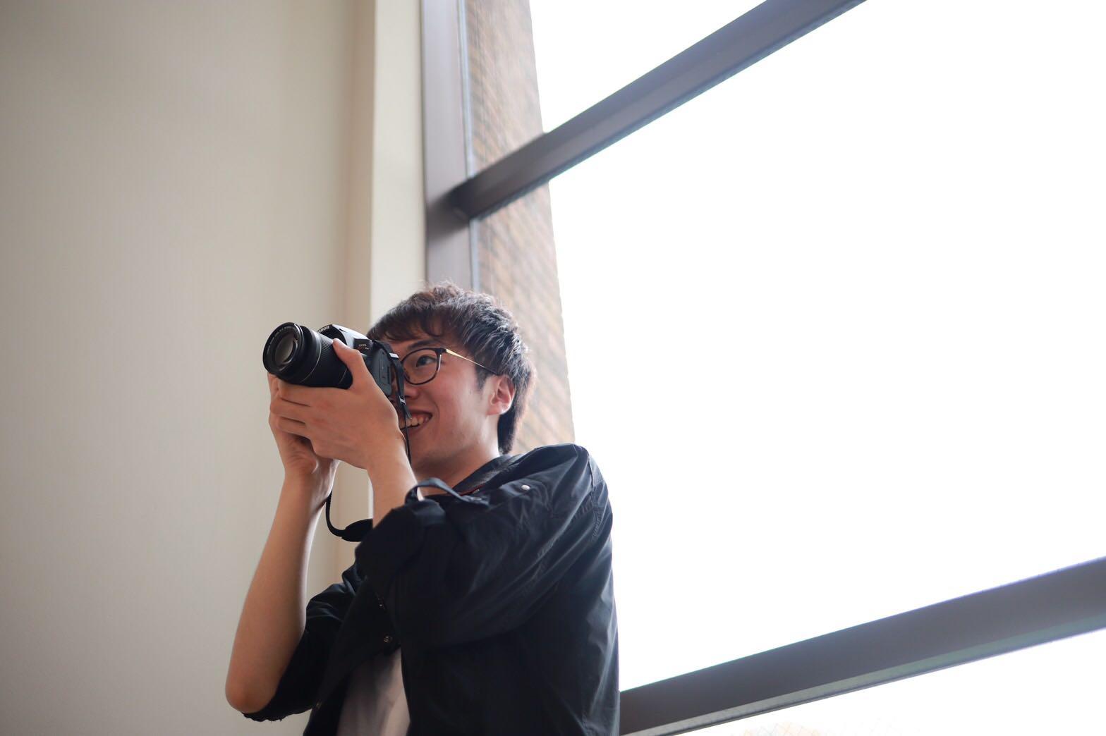 カメラが好きです_小泉